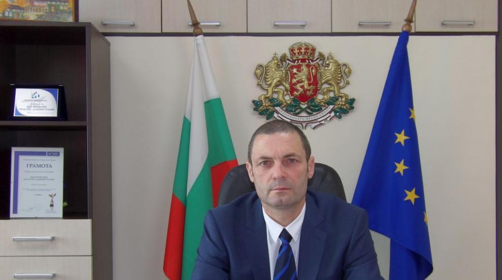 Областният управител на Търговище Митко Стайков е с...