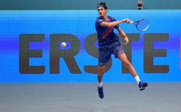 Италиански квалификант изхвърли Джокович от турнира във Виена