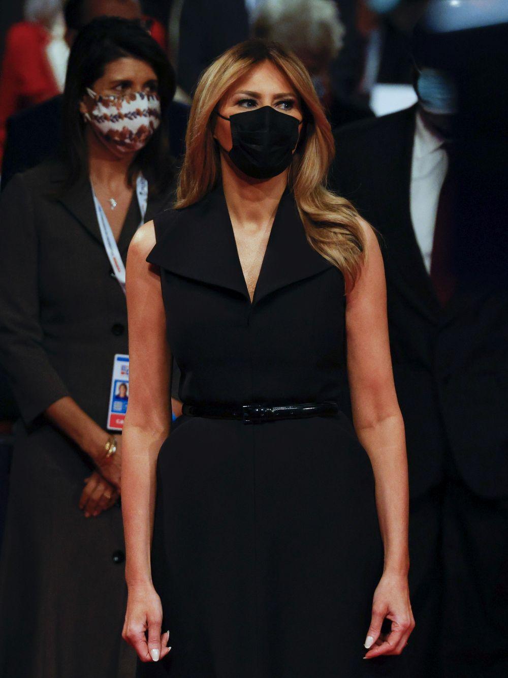 Мелания Тръмп е стилна и секси и през есента