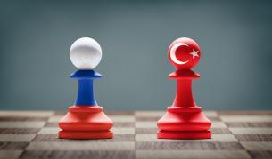 Крехкият баланс между Турция и Русия започва да се пропуква
