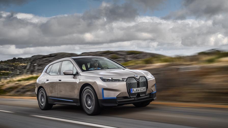 <p>Над 600 км на ток и 503 к.с. мощност: това е бъдещето на BMW</p>