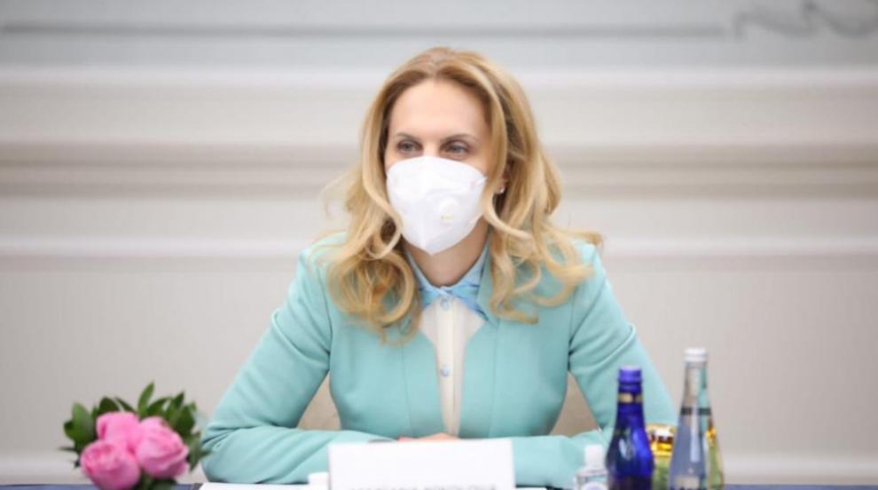 След репортаж на NOVA: Марияна Николова започва...