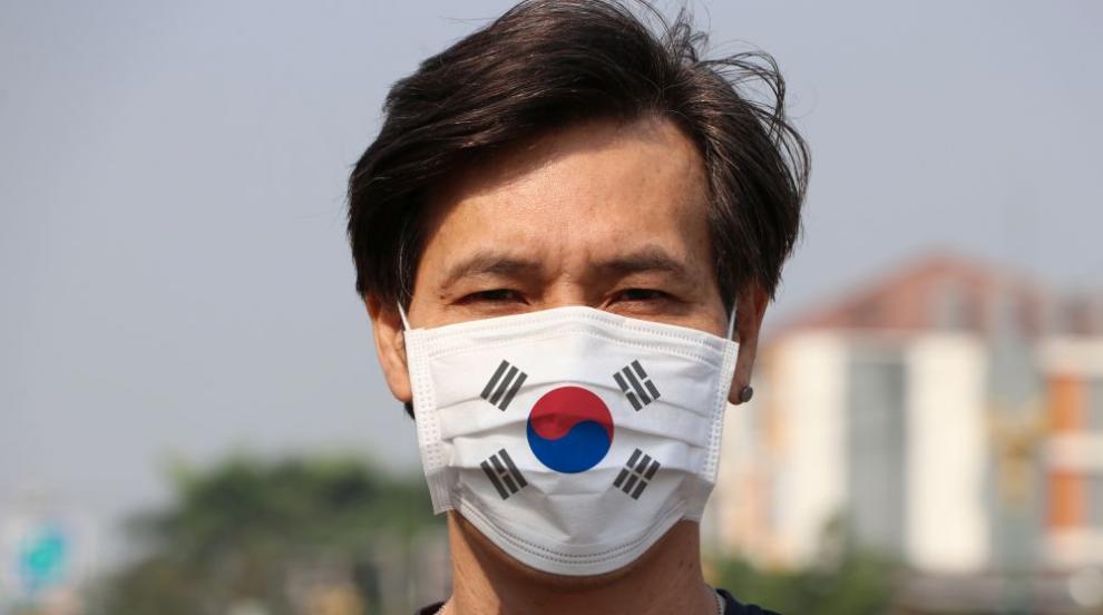 С 271 новозаразени 52-милионна Южна Корея въвежда нови...