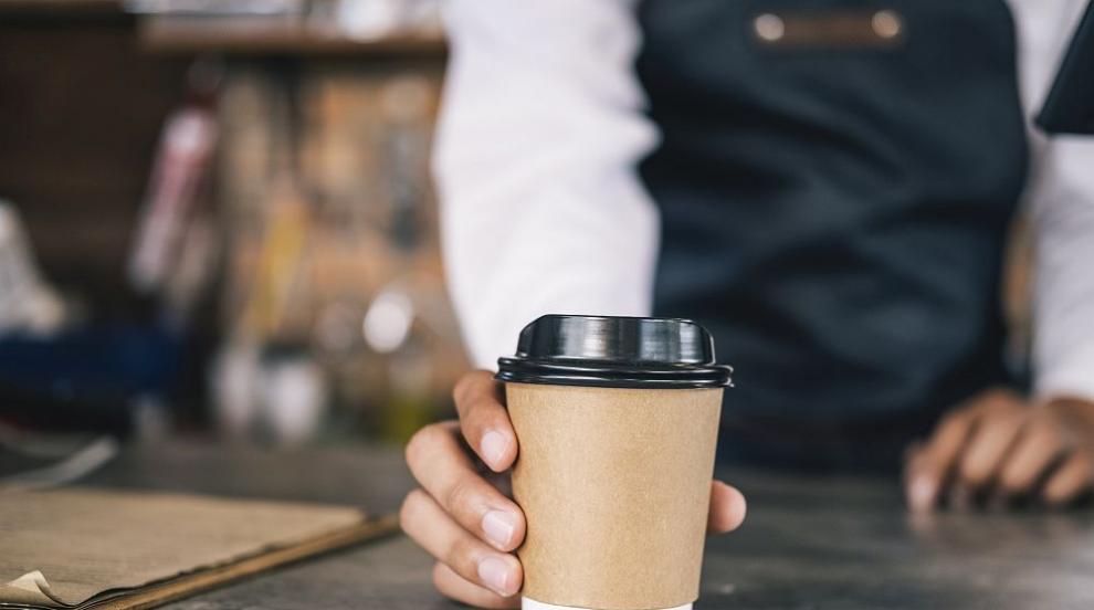 Кафето в пластмасова чаша вредно за здравето