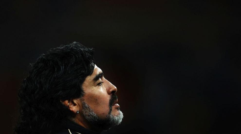 Журналист шокира: Марадона почина беден, ограбиха му...