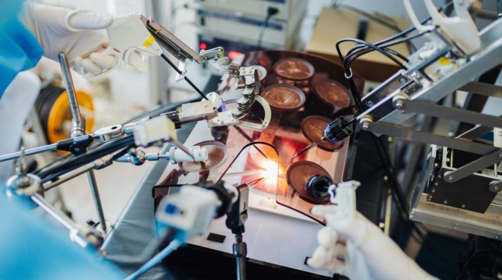 Предлагат НЗОК да заплаща повече за операции с робот