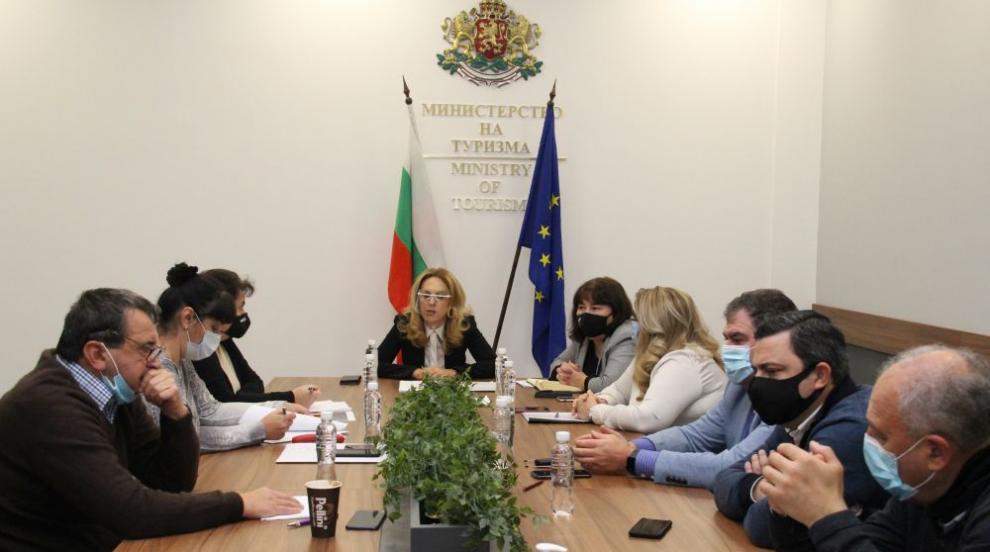 Министерството на туризма договори още 50 млн. лв. за...