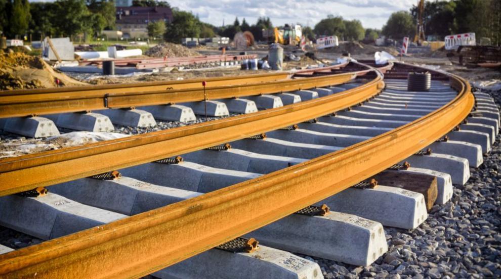 Скопие отделя милиарди за жп линията до България