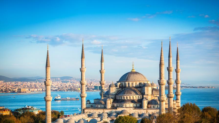 <p>Ето защо Турция <strong>не може</strong> да си позволи <strong>пълен локдаун</strong></p>