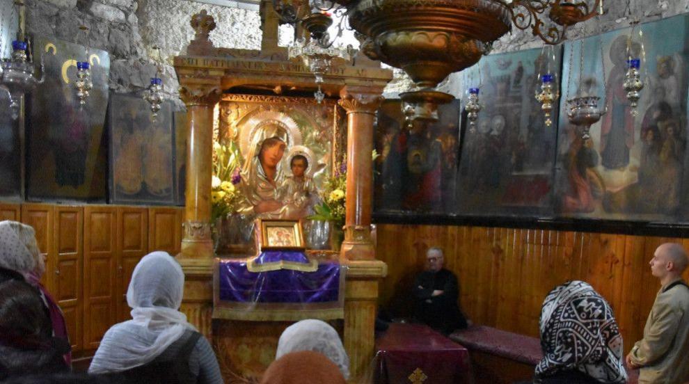 Православната църква чества Събор на Пресвета...