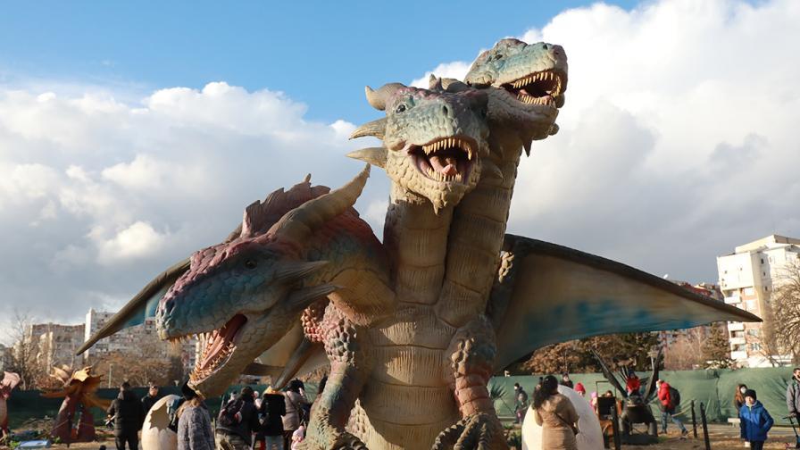 """Дракони от цял свят в столичния парк """"Възраждане"""""""