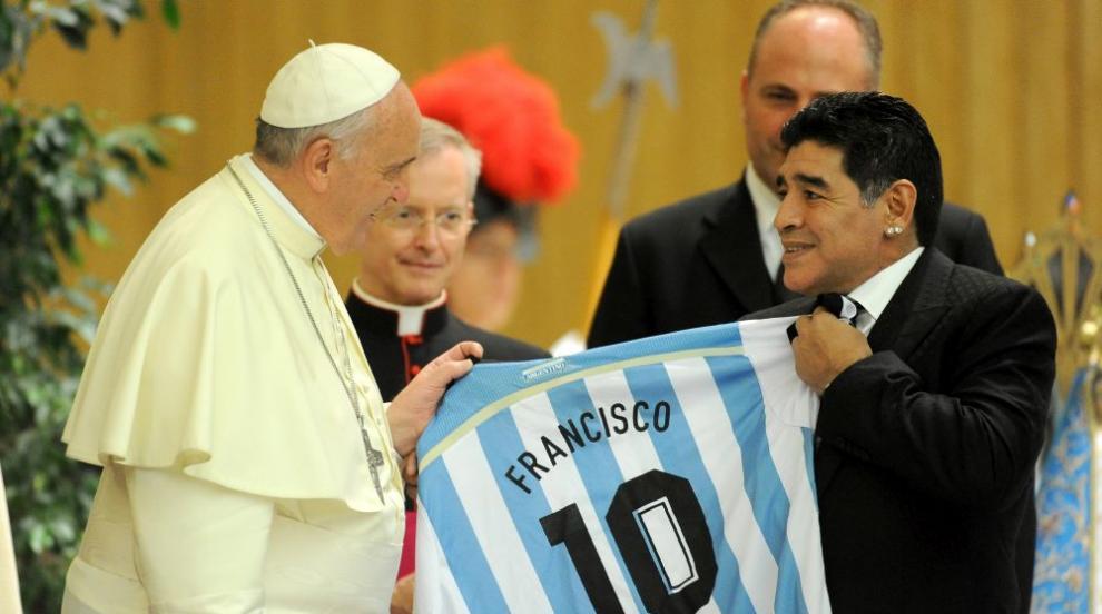 """Папа Франциск: Бях """"дръвче"""" като футболист, затова..."""
