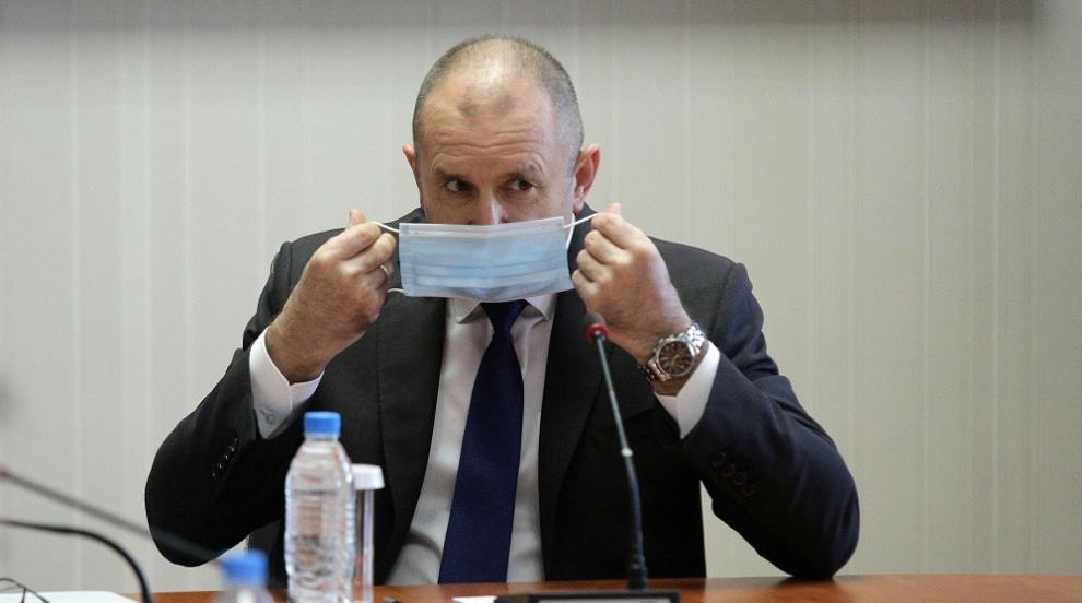 Вежди Рашидов: Президентът да спре нападките, защото...