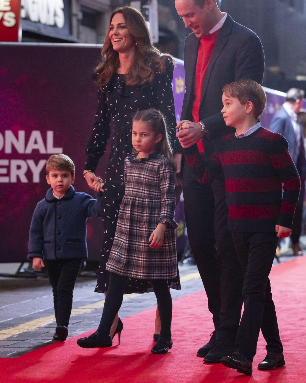 Кейт Мидълтън - херцогиня, любяща съприга, любимка на народа и неверотна майка на три деца