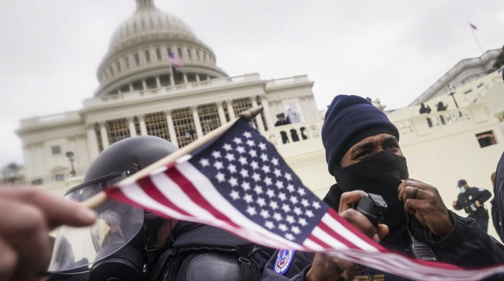 ФБР изяснява дали участниците в щурма на Капитолия...