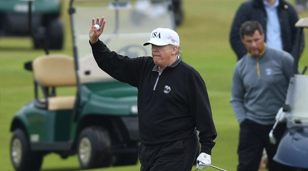 Удар със стик – как голфът перна гордостта на Тръмп...