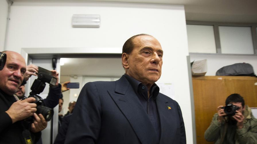 Берлускони отново е в болница