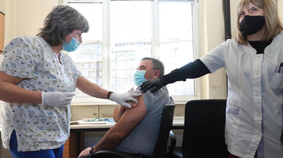 Ангел Кунчев: Имунитетът от ваксината ще е поне година