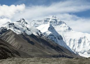 Боклукът от Еверест ще се превърне в изкуство