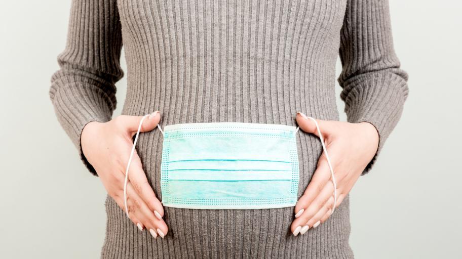 Трябва ли да се ваксинираме срещу коронавирус, ако планираме бременност