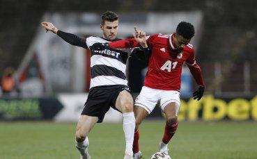 Локо Пловдив и ЦСКА решават второто място в сблъсък на Лаута