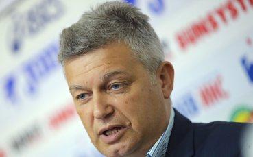 Петър Петров: ФИФА ще ни наблюдава нон стоп за системата ВАР