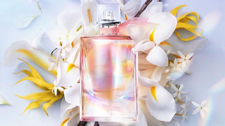 Запали искрата на радостта с La Vie Est Belle Soleil Cristal на Lancôme