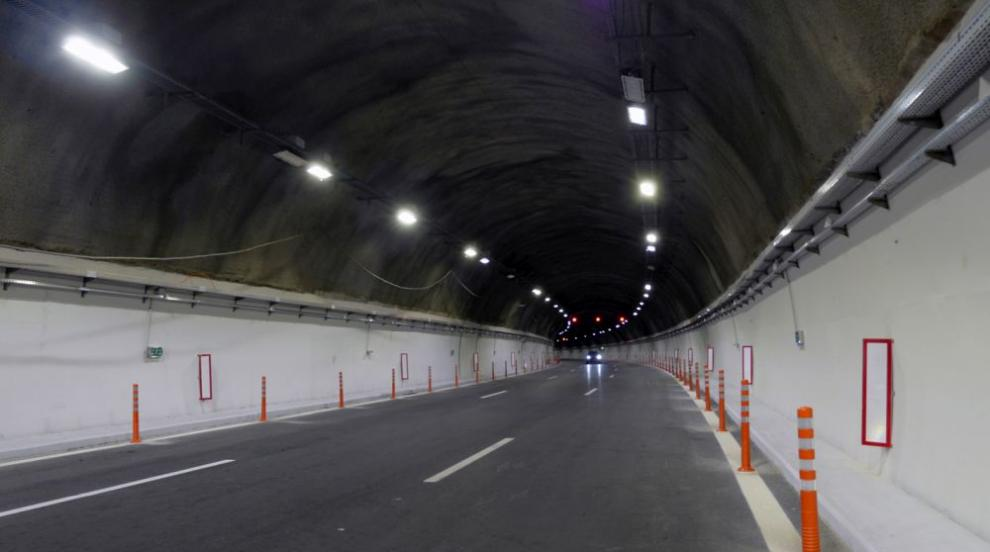 """Ограничават движението в тунел """"Големо Бучино"""" на АМ """"Струма"""""""