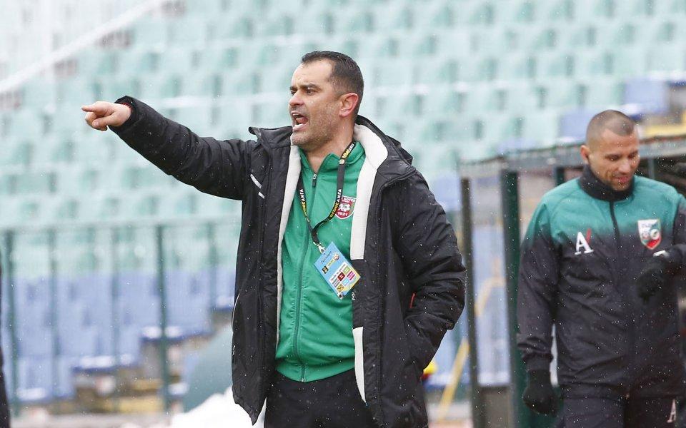 Ботев Враца ще гостува на Етър без трима от основните