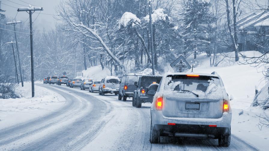 Обилен сняг и тежка обстановка при Прохода