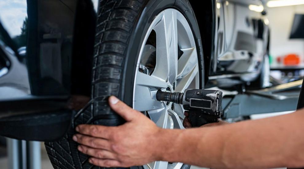 Прогнози на експертите: Очаква се скок в цените на гумите у нас (ВИДЕО)