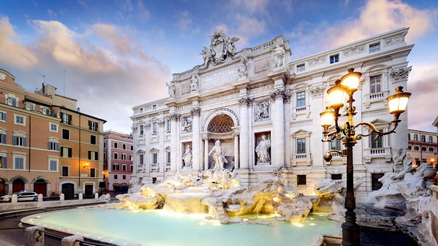 <p>Без туристи, Рим прилича на призрачен град в пандемията</p>