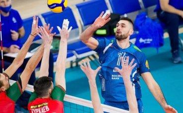Цветан Соколов спечели българското дерби в Русия и докосва титлата