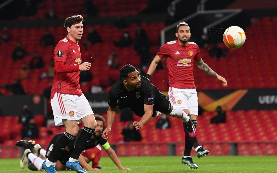 В мач от 32-ия кръг на Висшата лига Манчестър Юнайтед
