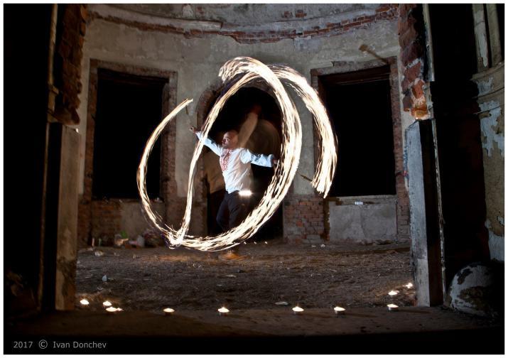 Пламен Петков огън пой изкуство