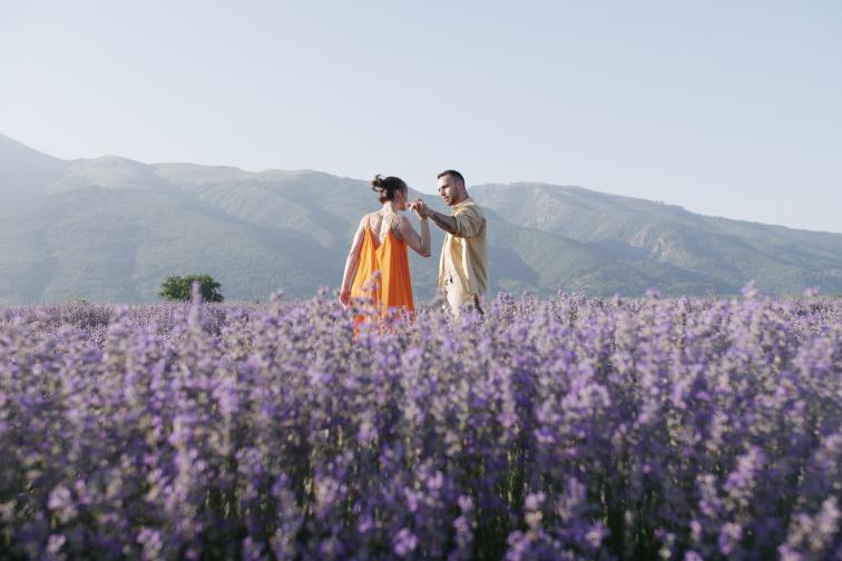 Коста Каракашян Стефани Ханджийска поглед от ръба България красота