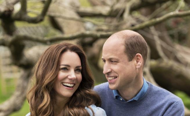 Уилям и Кейт споделиха очарователно семейно видео