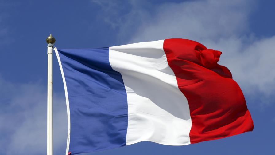 """Военни с ново писмо: Призив за метеж или """"за оцеляването"""" на Франция"""