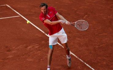 Медведев се класира на полуфиналите на турнира в Майорка