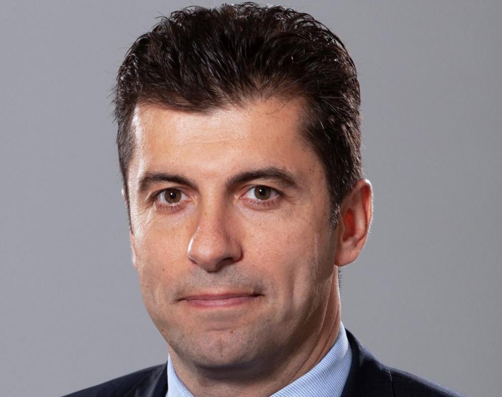 Кой е Кирил Петков - служебен министър на икономиката - България - DarikNews.bg