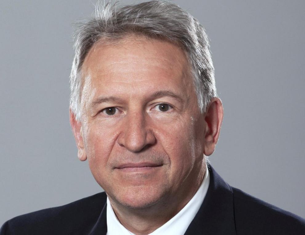 Кой е Стойчо Кацаров - служебен министър на здравеопазването - България - DarikNews.bg