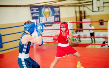 Близо 130 боксьори в атака на медалите в Ботевград