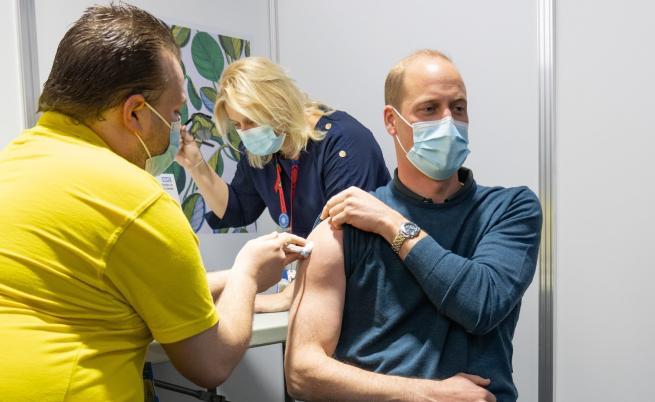 Принц Уилям се ваксинира срещу COVID-19, какво сподели