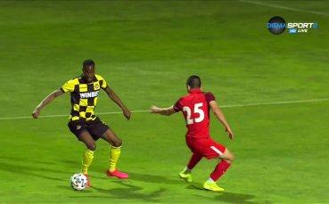 Салиф Сисе оформи крайното 5:0 за Ботев срещу Царско село