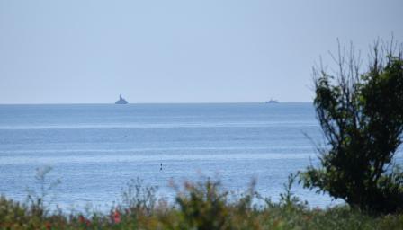 Подновяват издирването на черната кутия на падналия в морето самолет МиГ- ...
