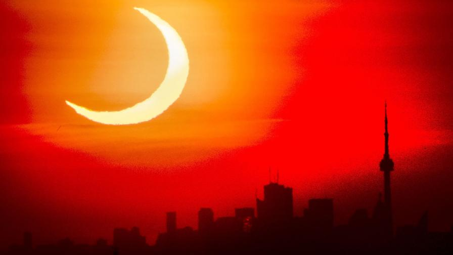 слънчево затъмнение Торонто