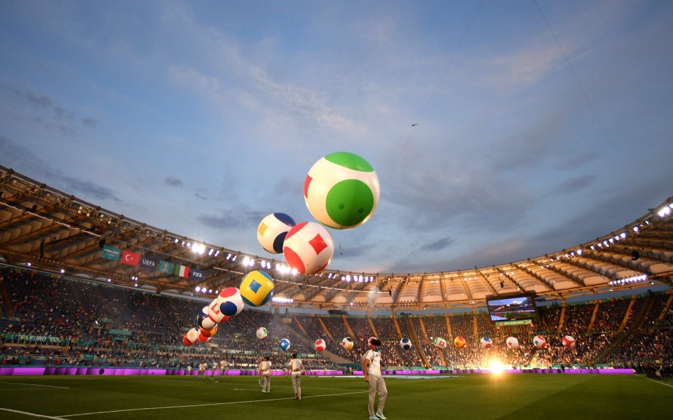 Европа е футбол! UEFA EURO 2020 бе открито с грандиозна