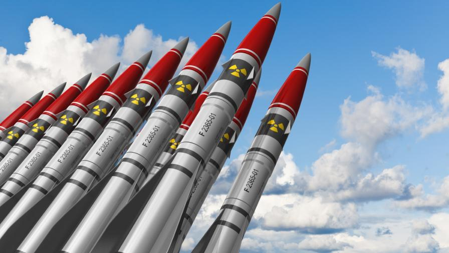 <p>НАТО е против ядрени ракети с наземно базиране в Европа</p>