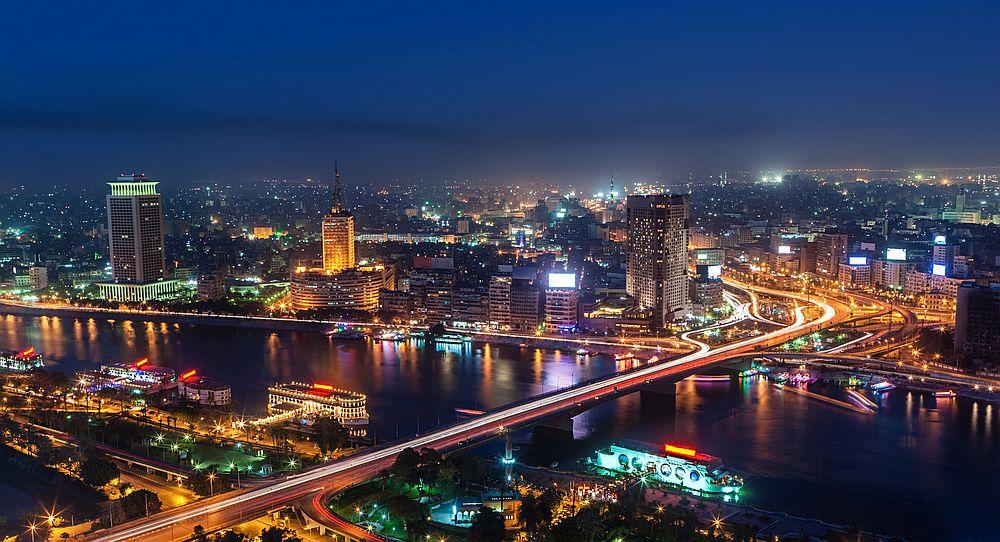 Кайро е столицата на Египет и най-големият метрополис в Близкия Изток и Арабския свят.
