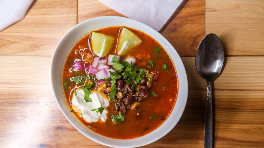 Супата на ацтеките, как да си я приготвите